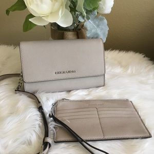 New Michael Kors 3 in 1 Crossbody clutch & wallet